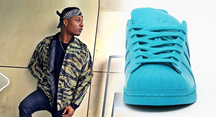 Sneaker Spotter: Wizkid in Adidas Superstar Supercolor Sneakers