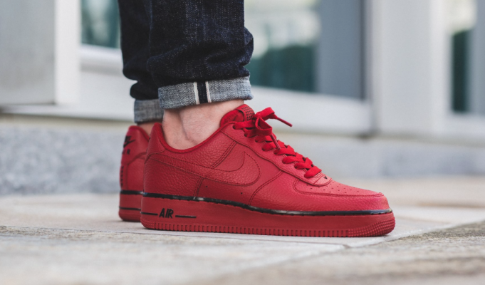 SneakPick Nike Airforce 1 Low Gym Red